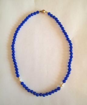 Sumptuous Sapphire and Pearl Necklace with 9ct Gold Clasp and Beads.